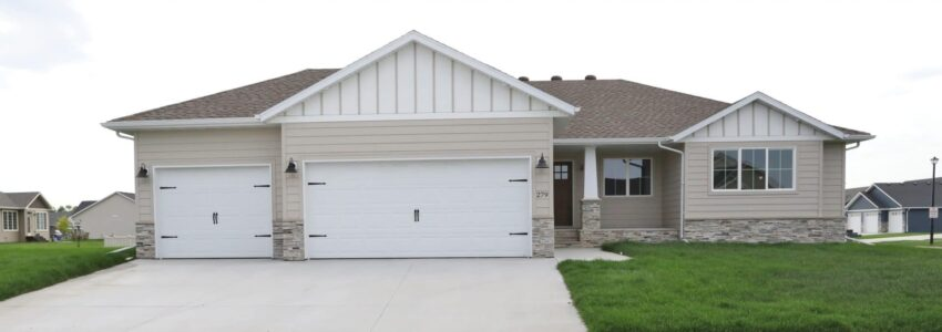 A Grand Forks Jewel: 279 Emerald Ln